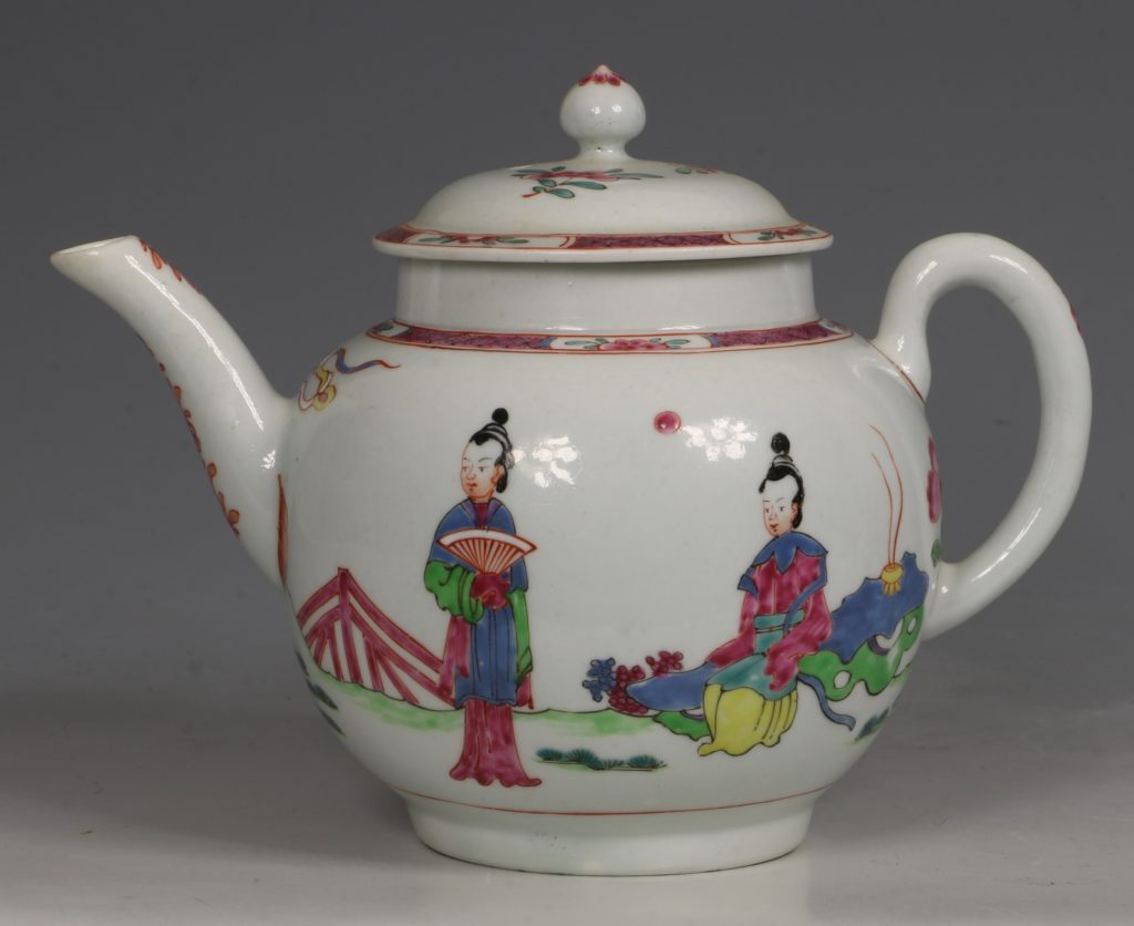 A Fine and Rare Chaffers Liverpool Teapot C1760 1