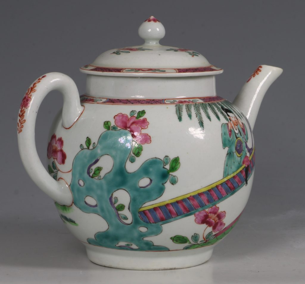 A Fine and Rare Chaffers Liverpool Teapot C1760 7