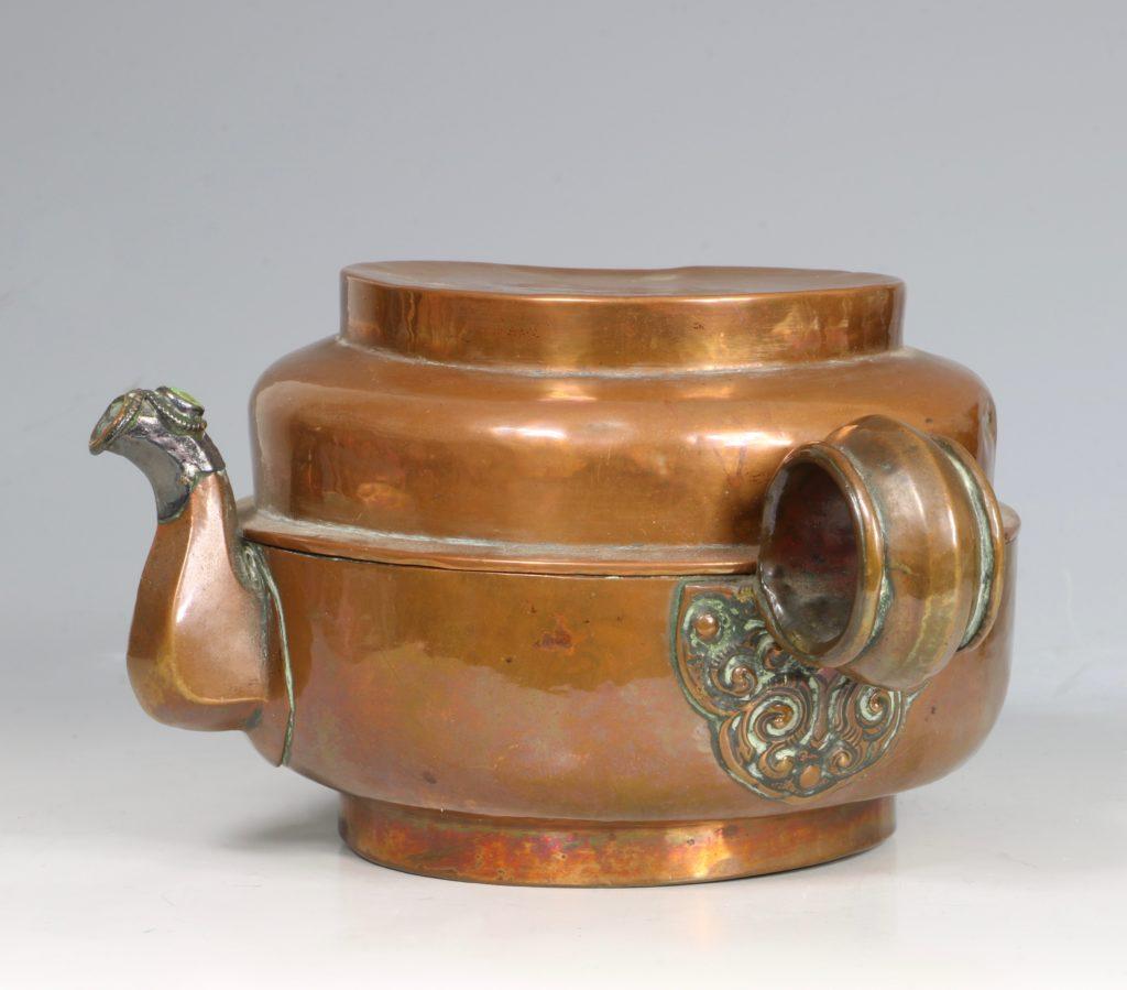 A Tibetan Copper Tea Pot 19thC 3