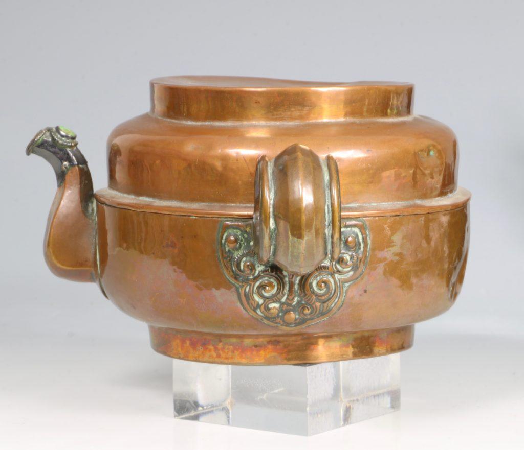 A Tibetan Copper Tea Pot 19thC 4