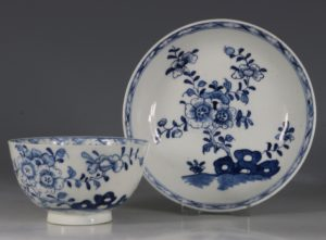 A Lowestoft Blue and White Tea bowl and Saucer C1770