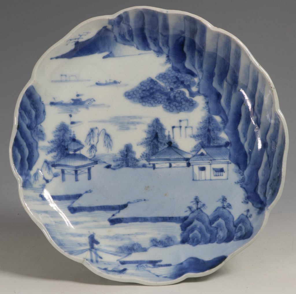 A Pair of Japanese Arita Blue and White Dishes L18thC 4