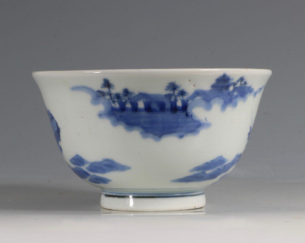 A Japanese Arita Blue and White Bowl 18/19thC 2