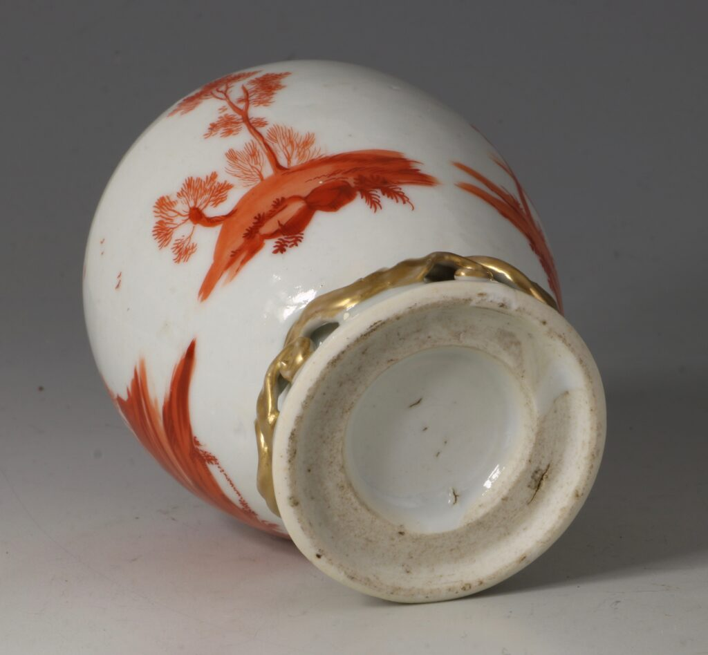 A Rare London Decorated Chinese Tea Caddy C1758-63 Probably James Giles 6