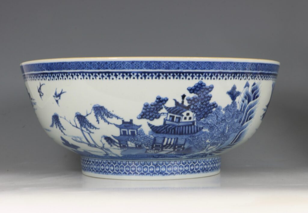 A Finely Decorated Large Blue and White Bowl Qianlong