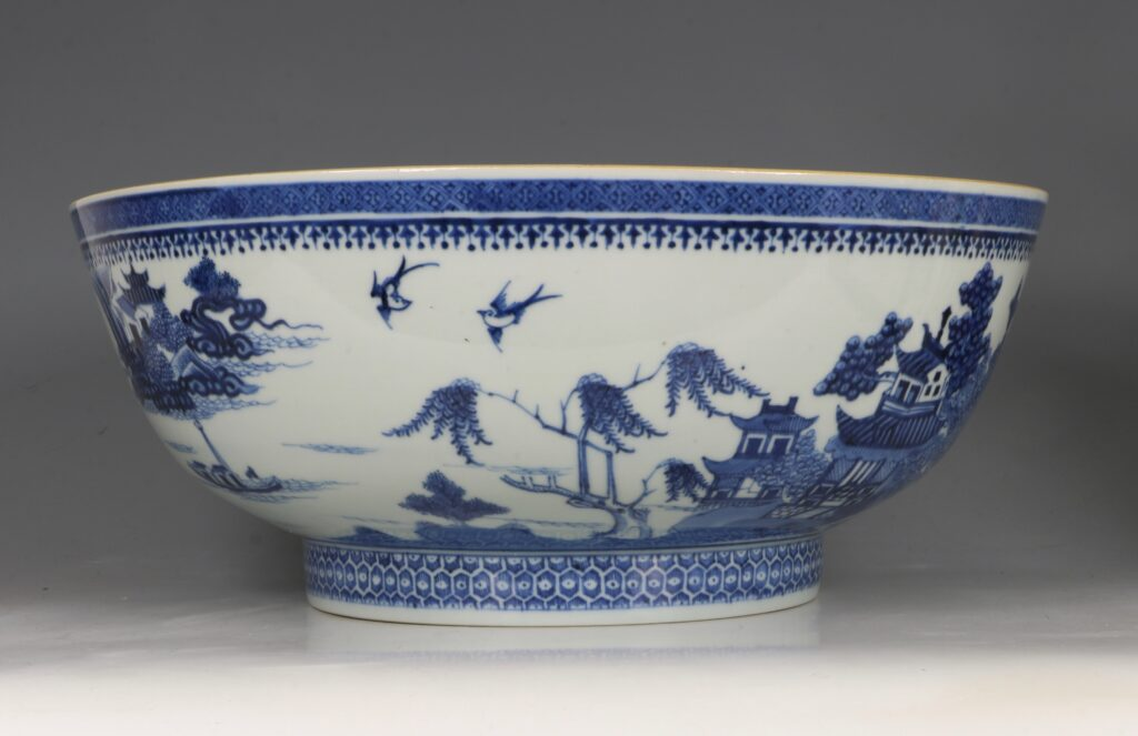 A Finely Decorated Large Blue and White Bowl Qianlong 1