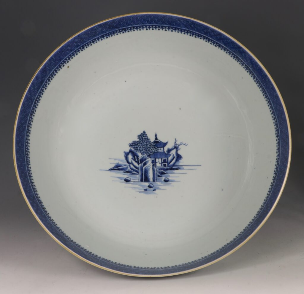 A Finely Decorated Large Blue and White Bowl Qianlong 6