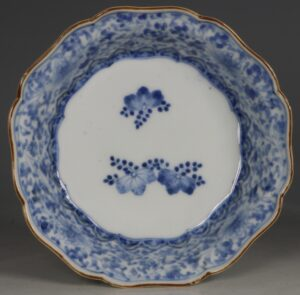 A Kakiemon Blue and White Bowl L17thc
