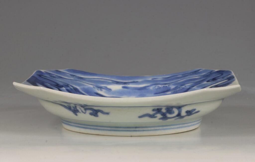 An Arita Blue and White Dish L17thC 5