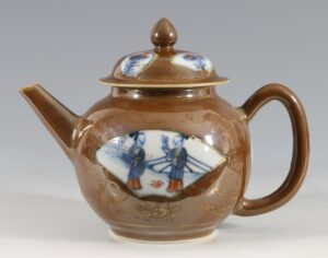 A Chinese Batavian Ware Teapot and Cover C1720/40