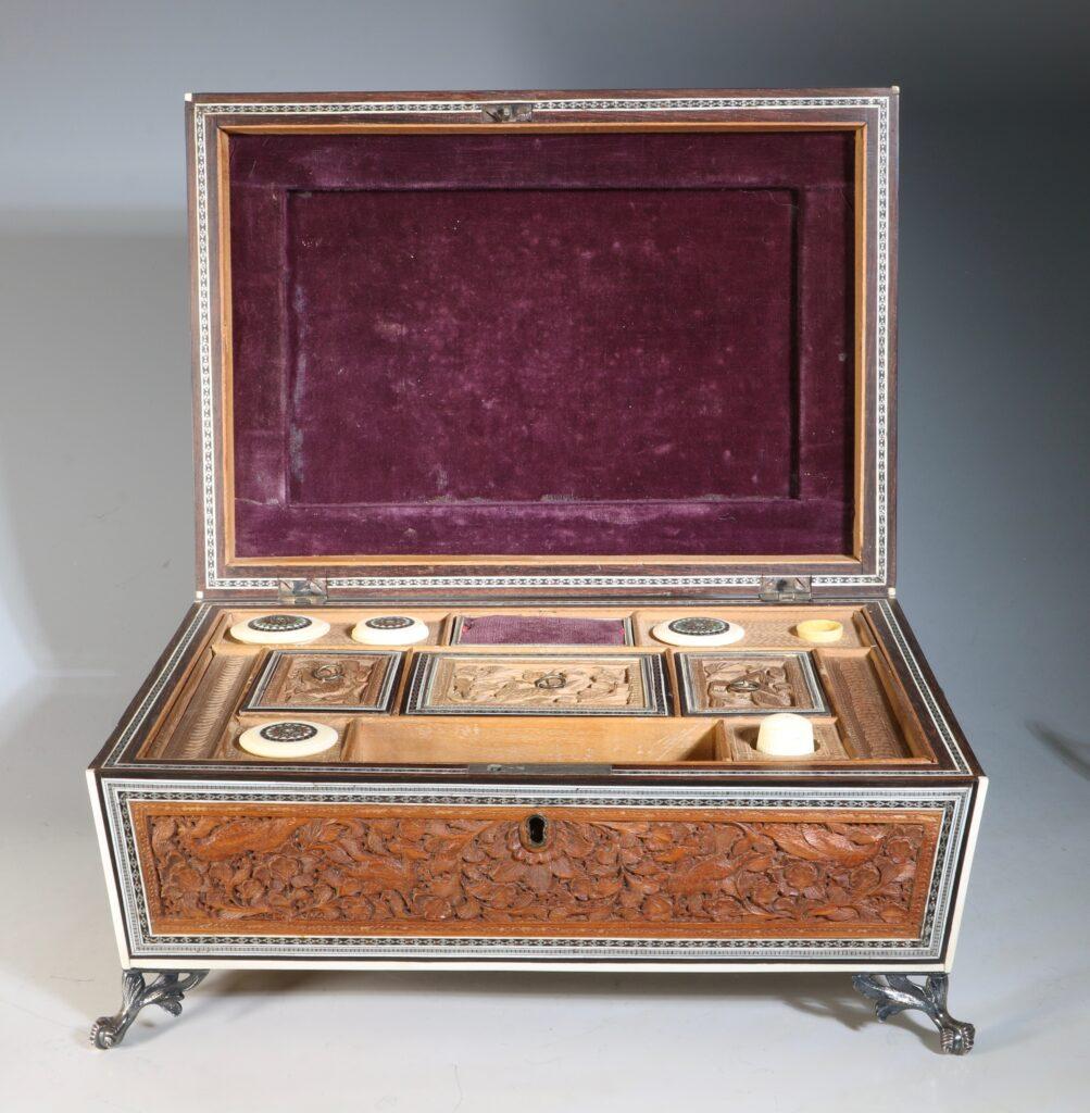 An Anglo Indian Sandlewood and Sadeli Sewing Box C1855 9