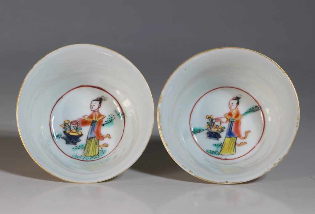 A Pair of Famille Rose Tea Bowls and Saucers Yongzheng 6