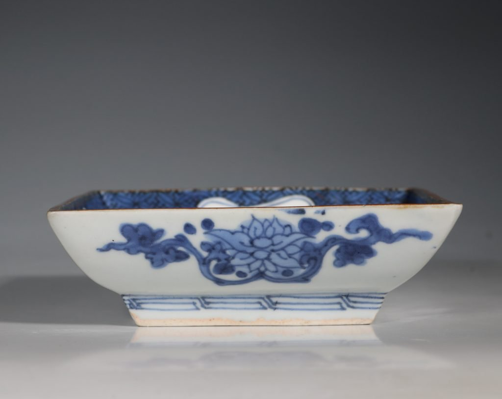 A Japanese Arita Square Dish 17thC 2