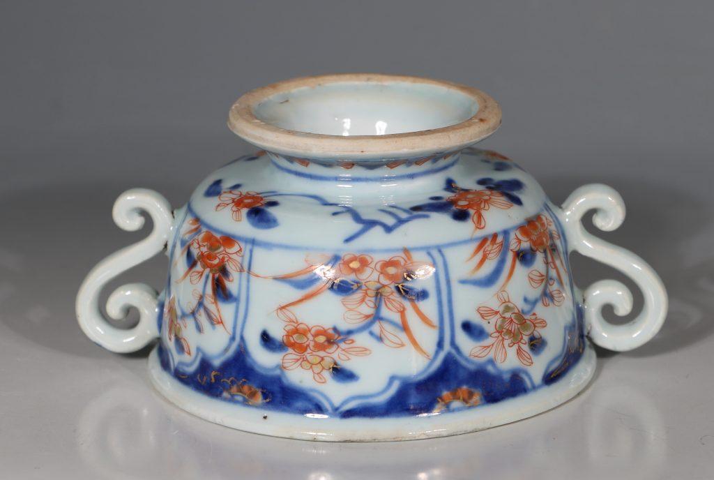 A Chinese Imari Ecuelle 18thC 6