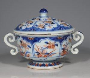 A Chinese Imari Ecuelle 18thC