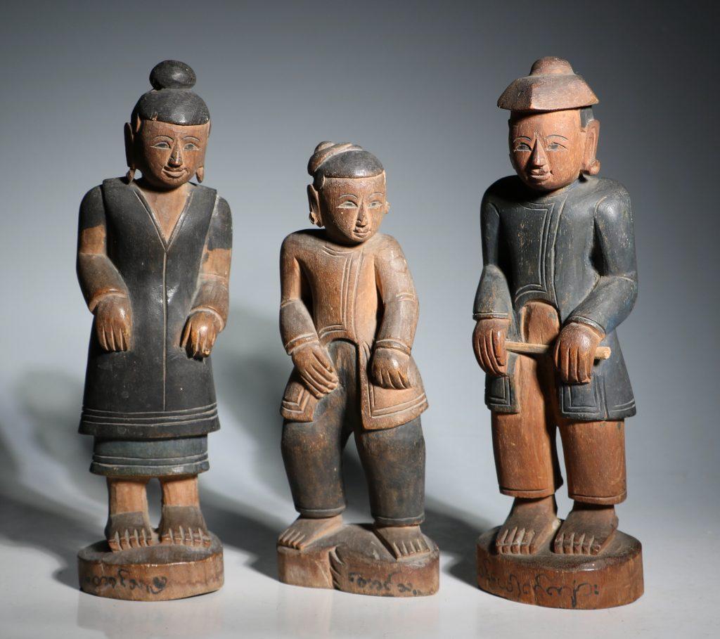 A Group of Burmese Wood Figures 19thC 2