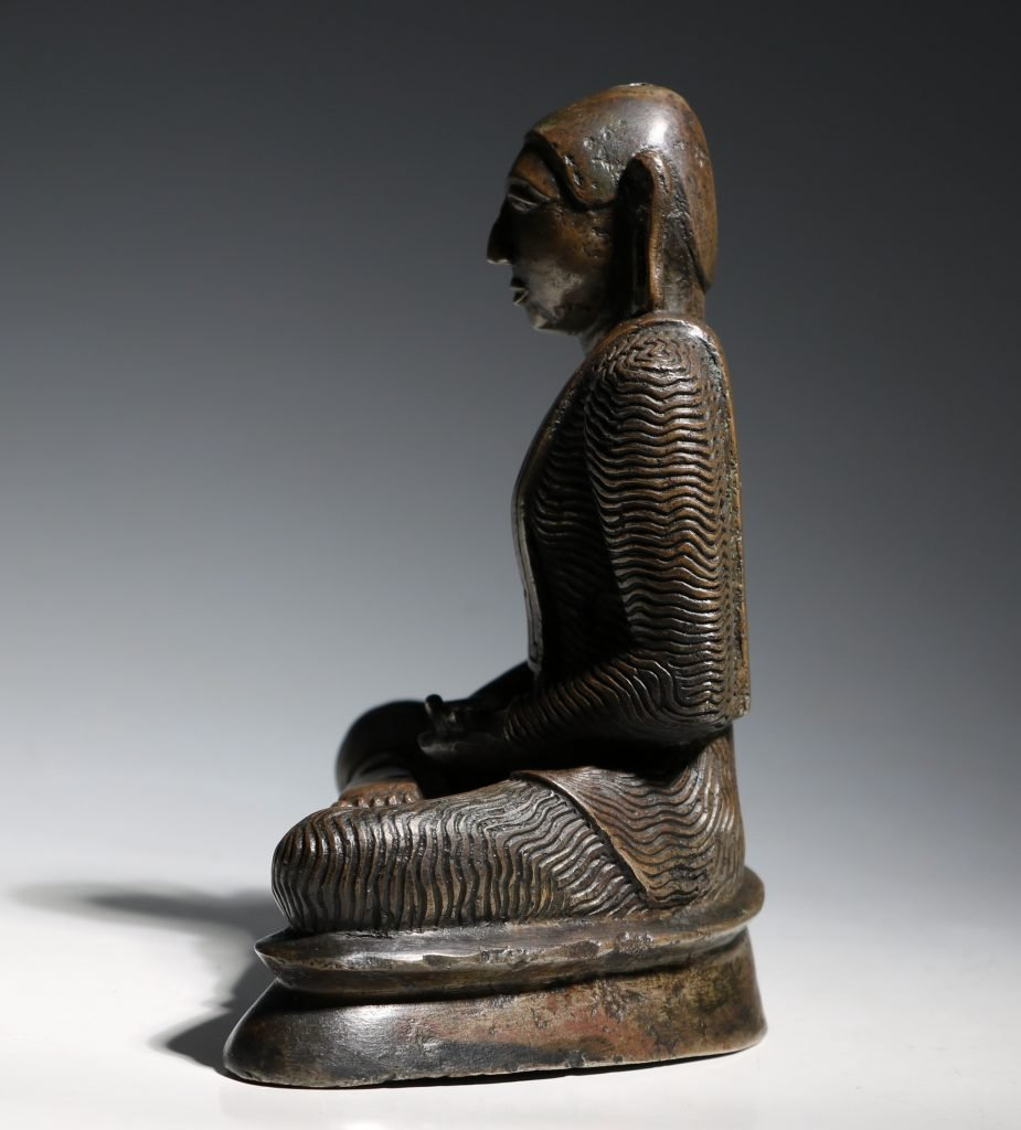 A Seated Buddha Sri Lanka 18thC 4