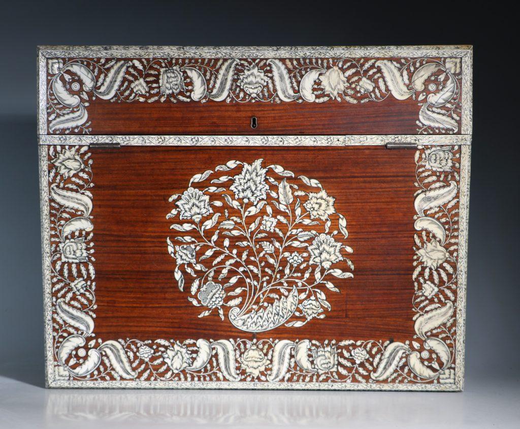 An Anglo Indian Vizagatapam Writing Slope 18thC 4