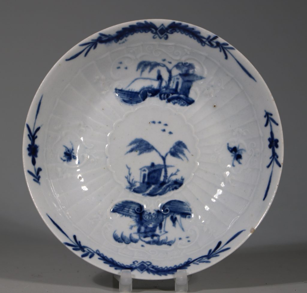 A Worcester Blue and White Teabowl and Saucer C1756 2