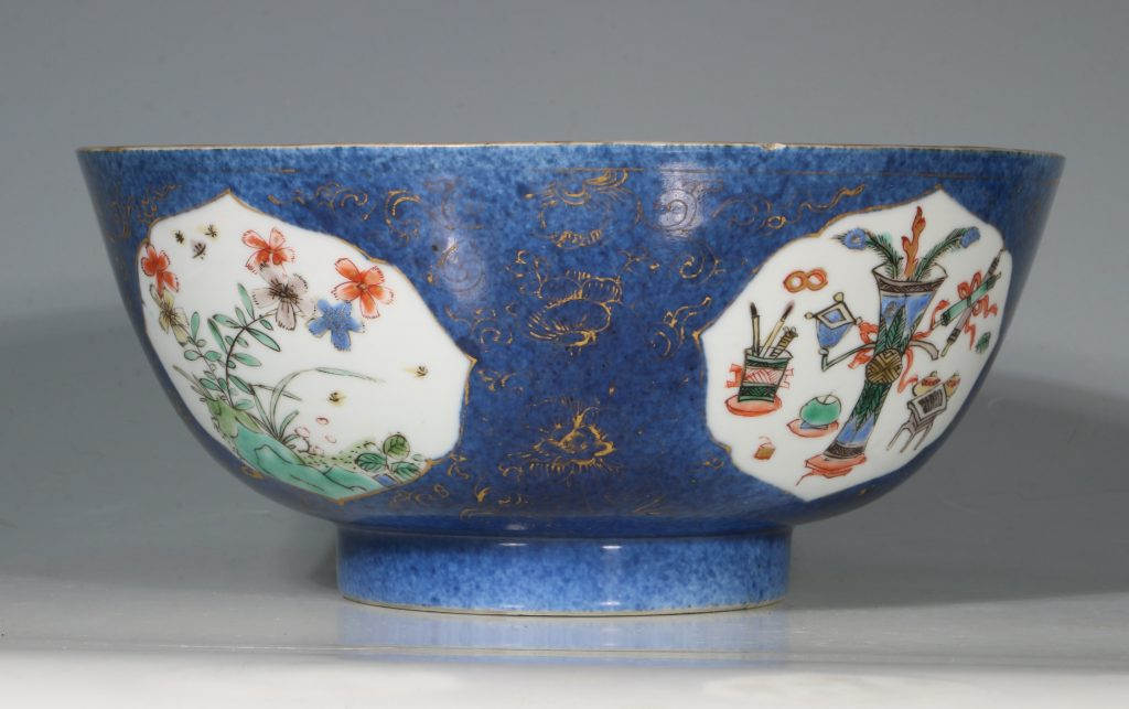 A Chinese Powder Blue Ground Famille Verte Bowl Kangxi E18thC 3