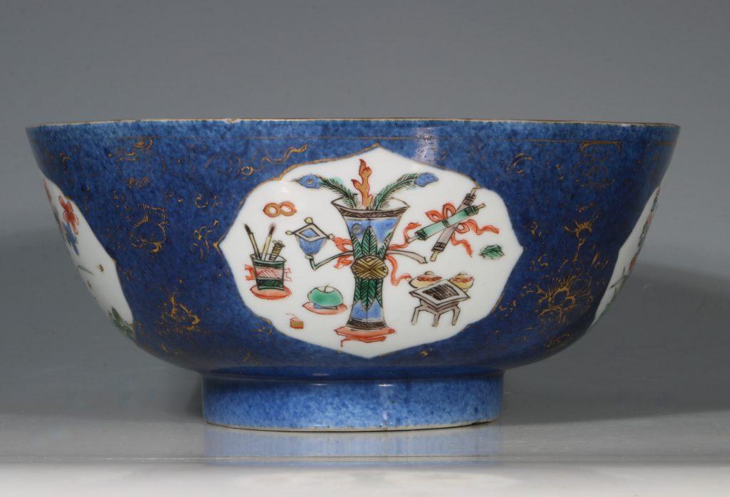 A Chinese Powder Blue Ground Famille Verte Bowl Kangxi E18thC 4