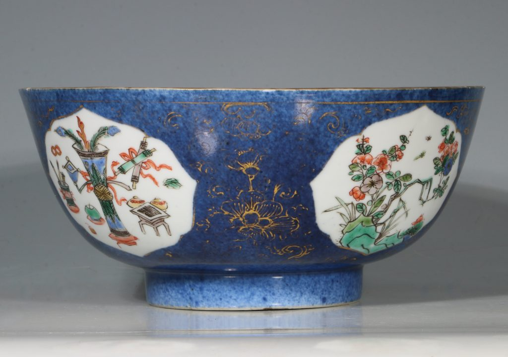 A Chinese Powder Blue Ground Famille Verte Bowl Kangxi E18thC 5