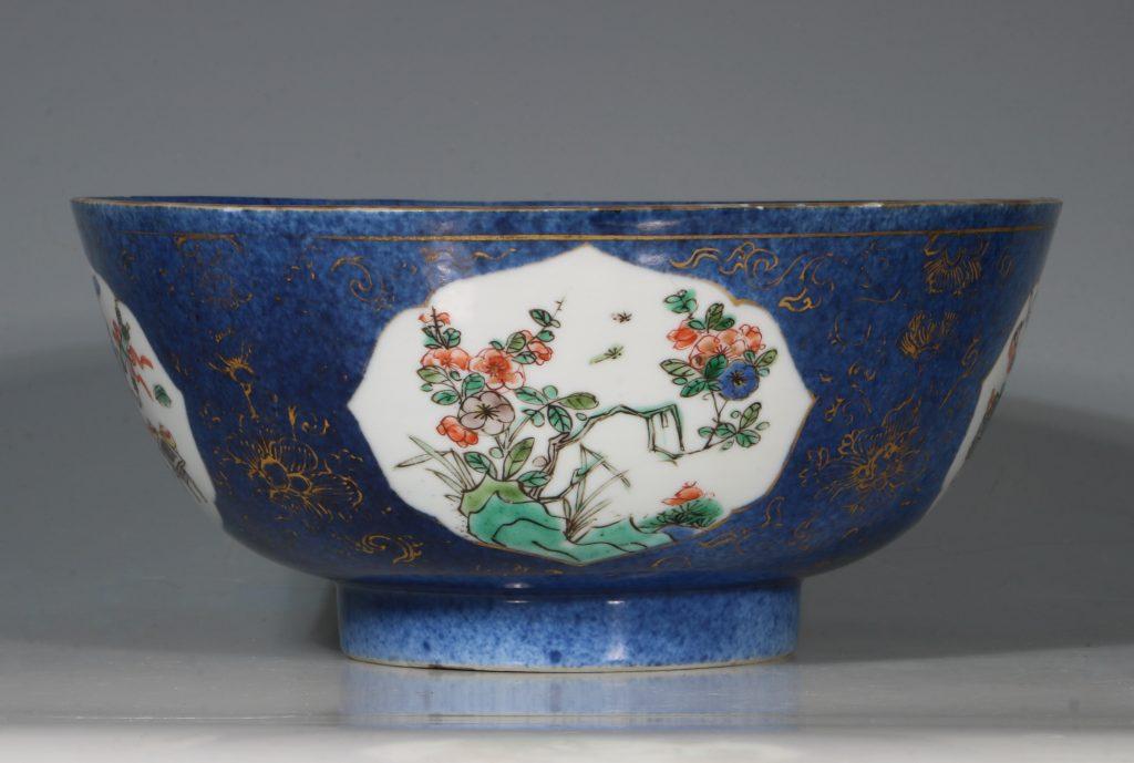 A Chinese Powder Blue Ground Famille Verte Bowl Kangxi E18thC 6