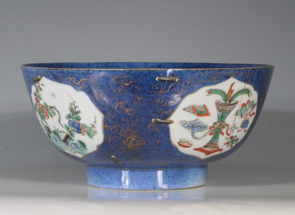 A Chinese Powder Blue Ground Famille Verte Bowl Kangxi E18thC 15