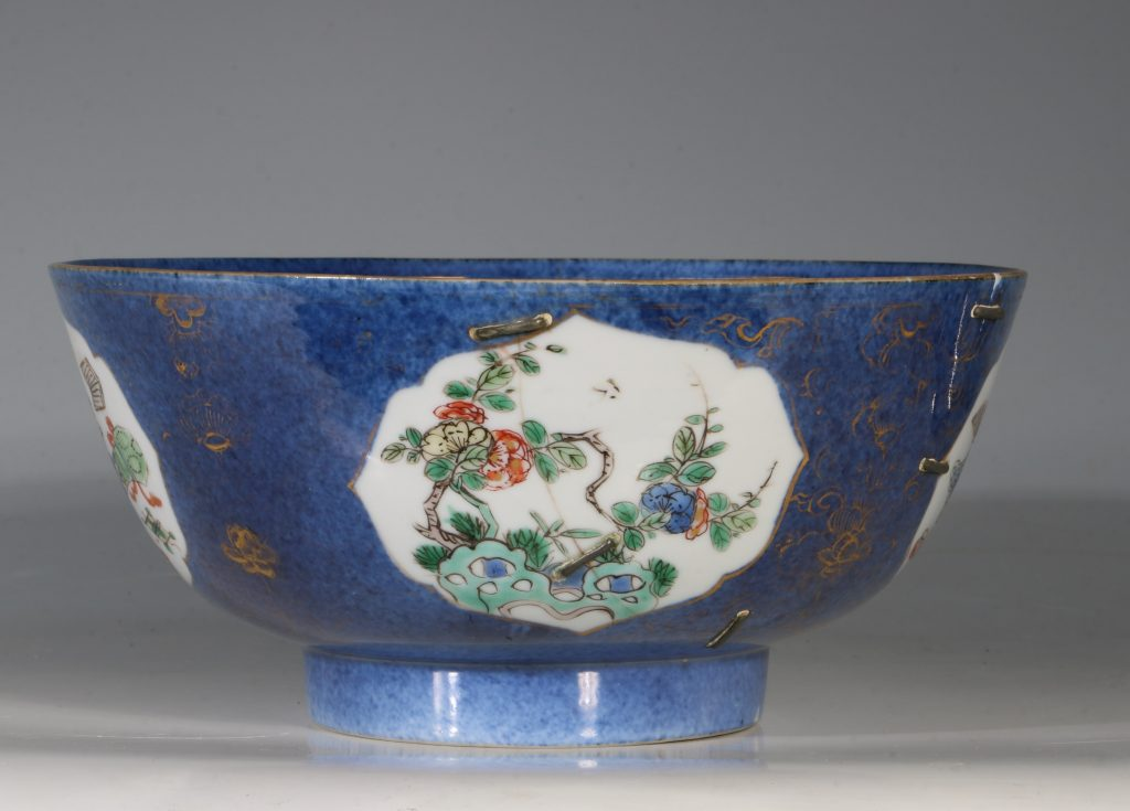 A Chinese Powder Blue Ground Famille Verte Bowl Kangxi E18thC 16
